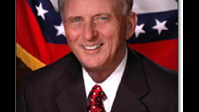 Governor Mike Beebe Travels To Europe To Bring Business Back To Arkansas