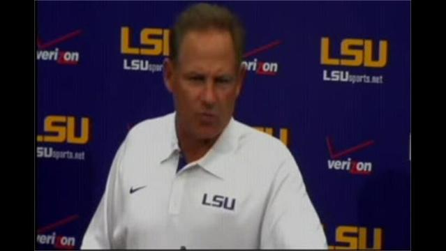 Board to Decide on New Contract for LSU's Les Miles
