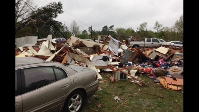 Overnight Tornado Hits Mississippi