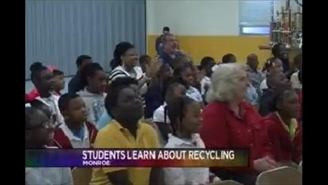 Students Learn About Recycling