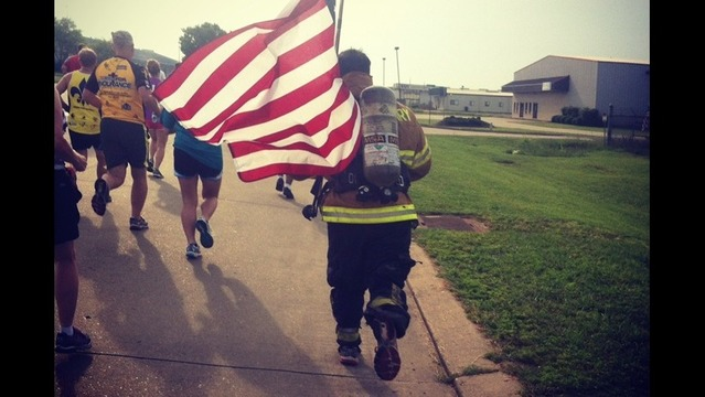 Hundreds Participate in 2nd Annual Run for the Red, White & Blue