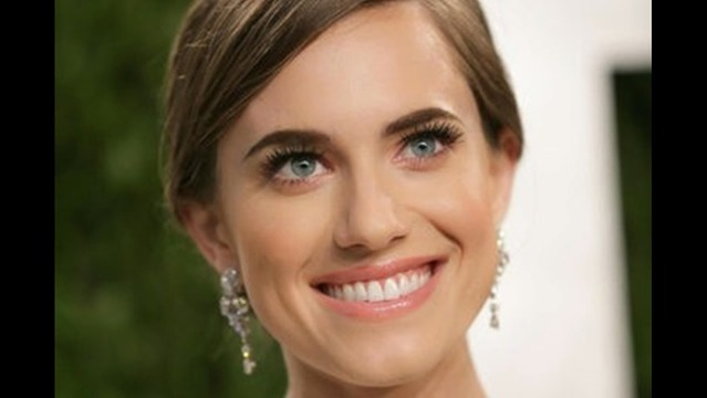 Allison Williams to Play Peter Pan in NBC's Live Musical Production