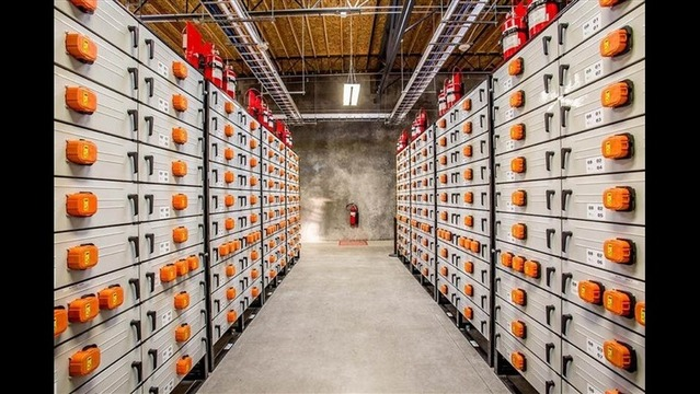 Big Batteries Are Starting to Boost the Electric Grid