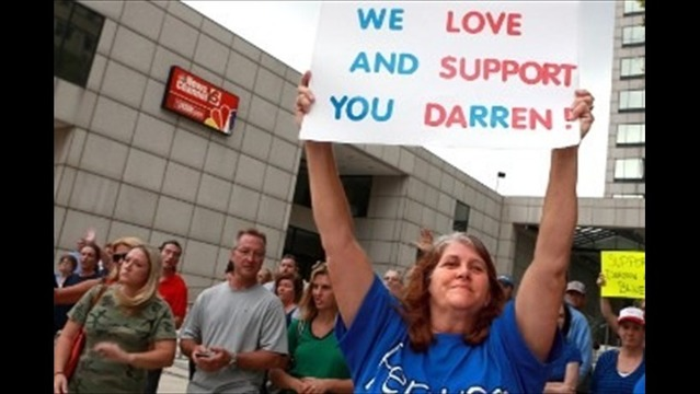 Support Grows for Darren Wilson, Officer Who Shot Ferguson Teen Michael Brown