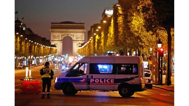 Paris Shooting: One police officer killed, two wounded in Champs-Elysees attack