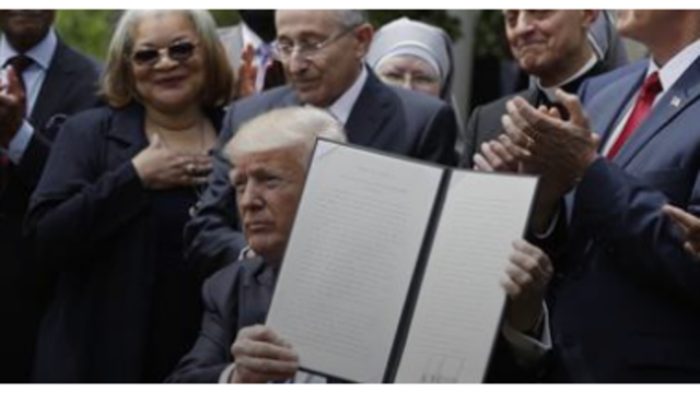 Wisconsin-based atheist group sues Trump over church order