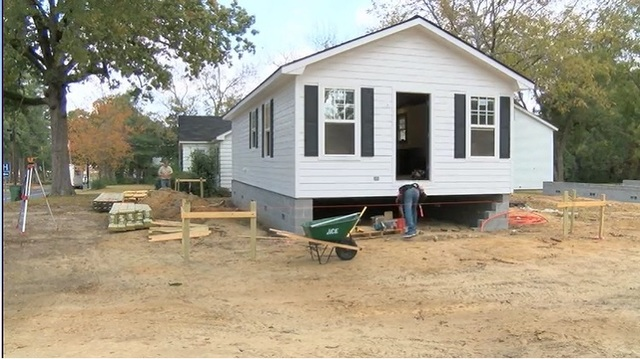 Arkansas company looking to put new home on lot where baby was bit by rats