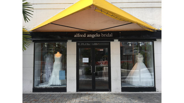 Hundreds of wedding dresses left by bankrupt Baton Rouge store selling for $300 or less